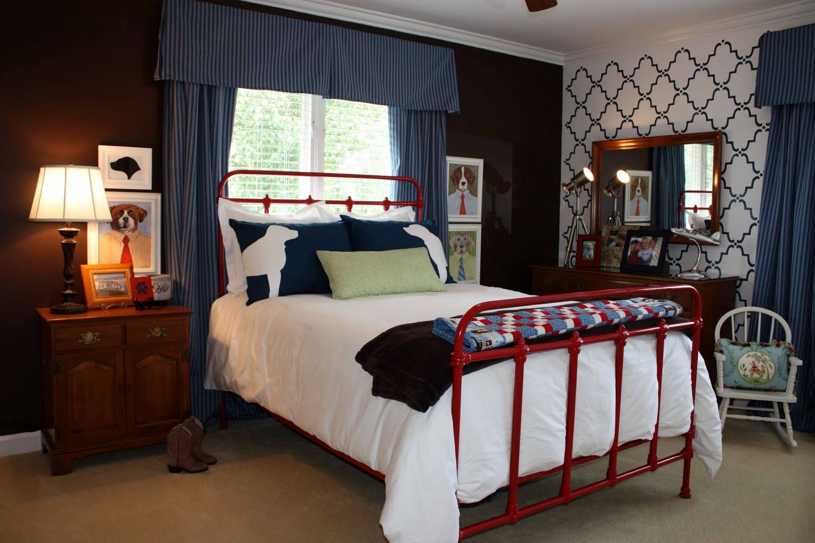 Contemporary Uses For Red White And Blue Bedroom Arrangement