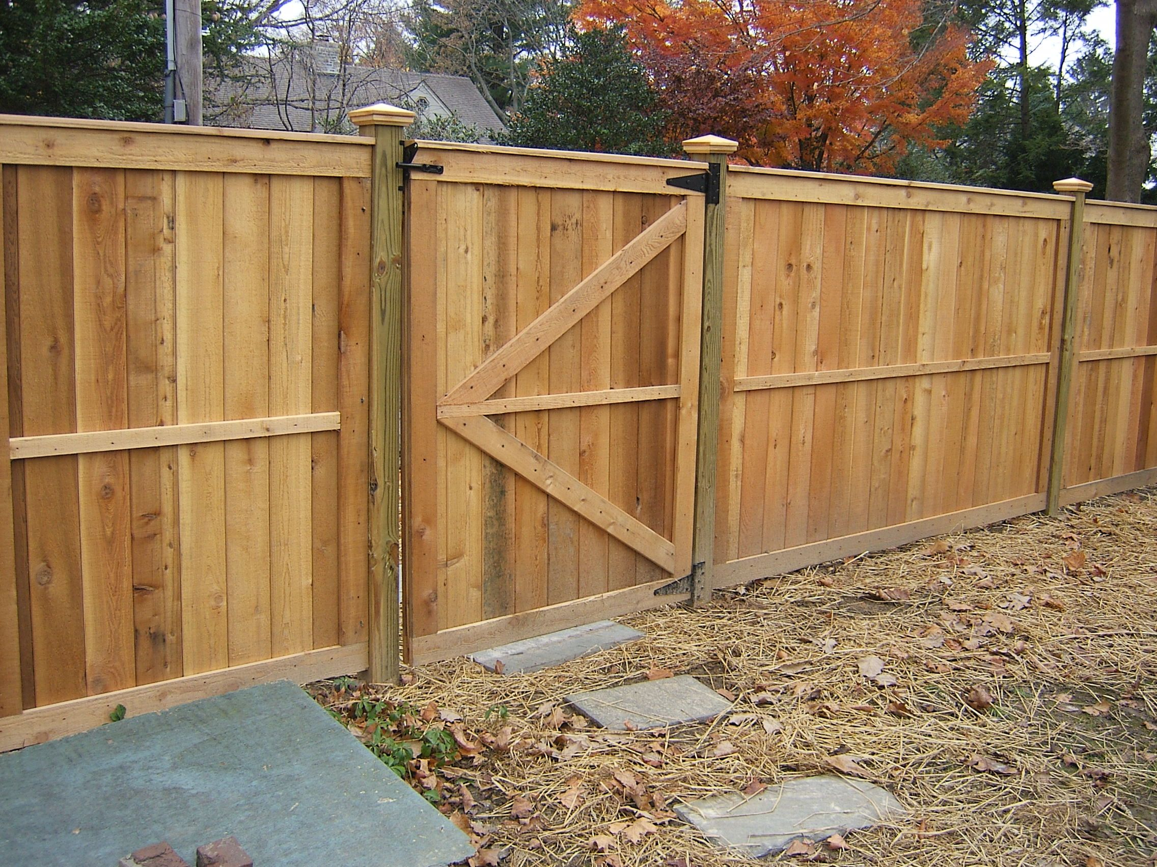 Wood Fence Installation Montgomery Wood Fence Wood Fence Installation Lattice Fence