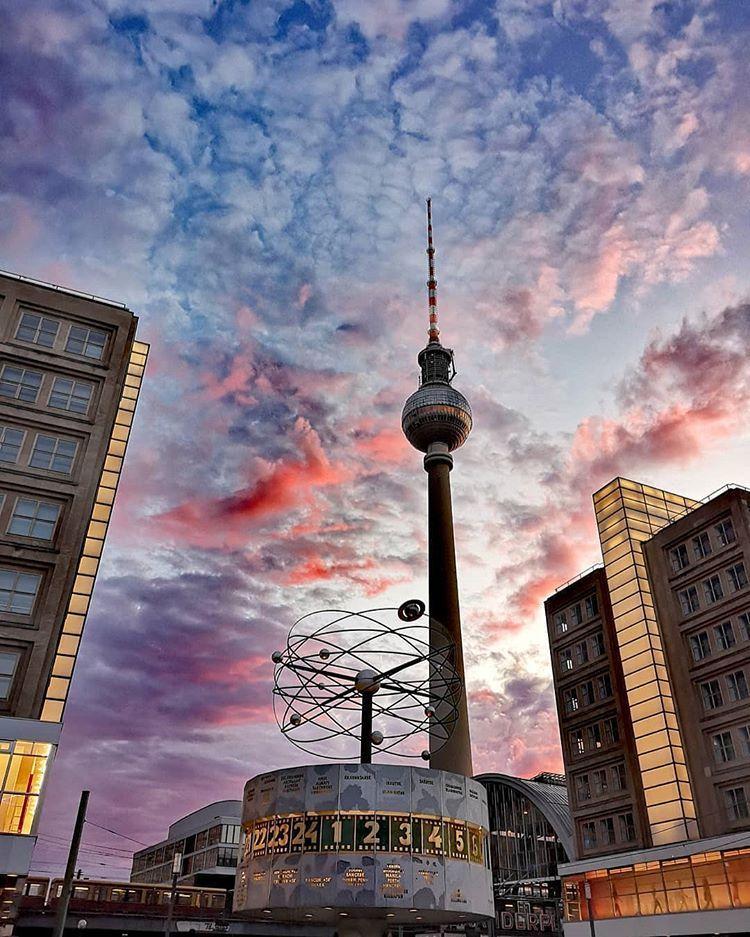 Besteberlin Auf Instagram Guten Morgen Aus Berlin Habt Einen Entspannten Dienstag Foto Von Escapingthedailyr Berlin Bilder Berlin Tumblr Hintergrund