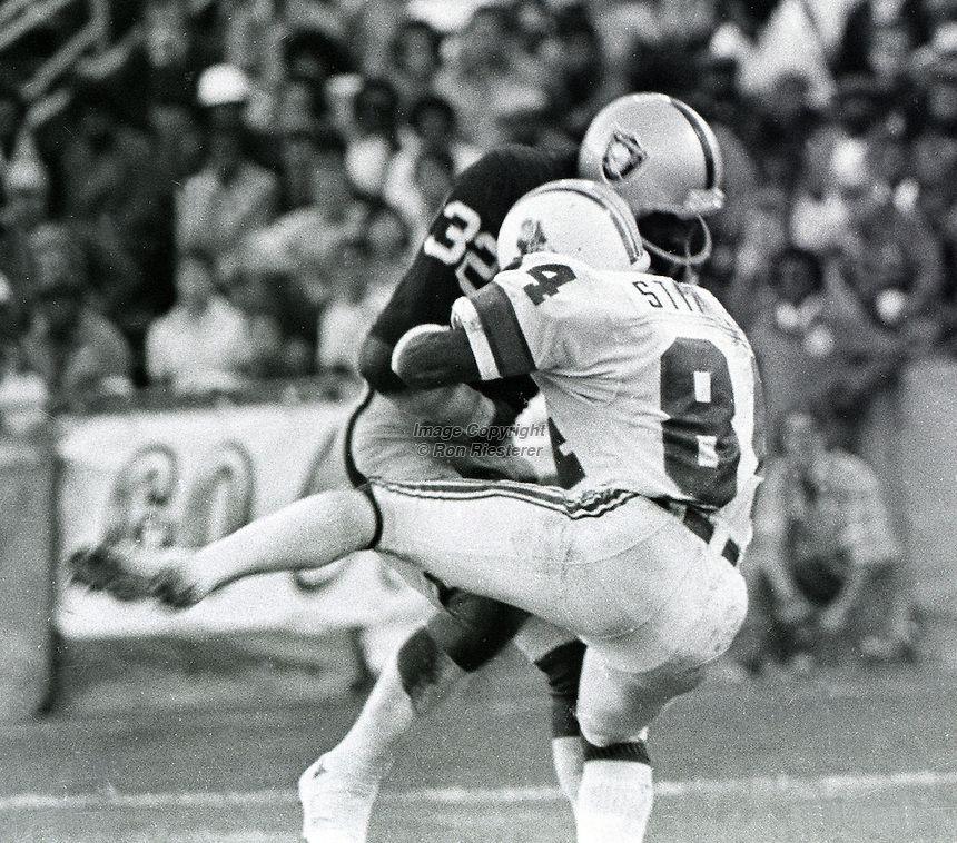 Jack Tatum Hardest Hits -- 1978 Pre-season Game Darryl