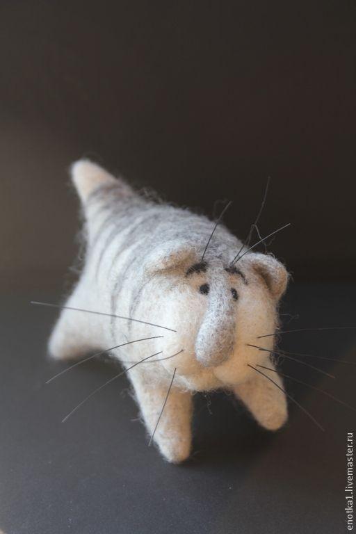 Купить Котэ - серый, котэ, кот в подарок, авторская игрушка, валяная игрушка, няшка, мимими