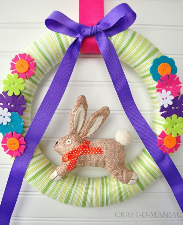 12+Adorable+Spring+Easter+Wreaths - GoodHousekeeping.com
