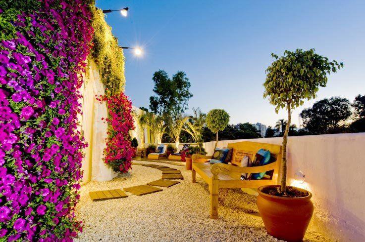Jardim estilo mediterrâneo