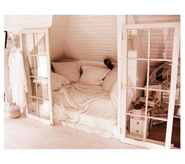 Bedroom   Place Bed In Closet And Make See Through Doors To Open Up Space.  Or Use Add Reading Nook