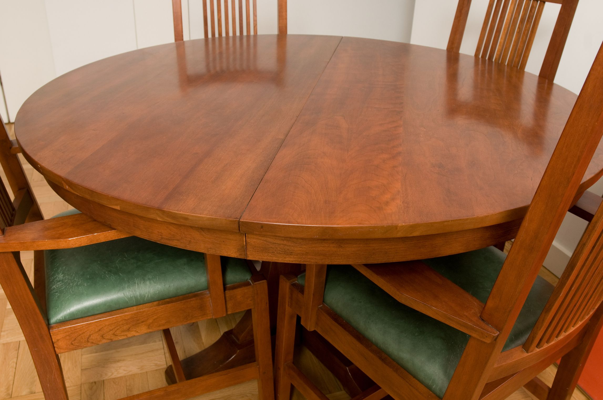 How to Refinish a Veneer Table Top   Refinishing kitchen ...