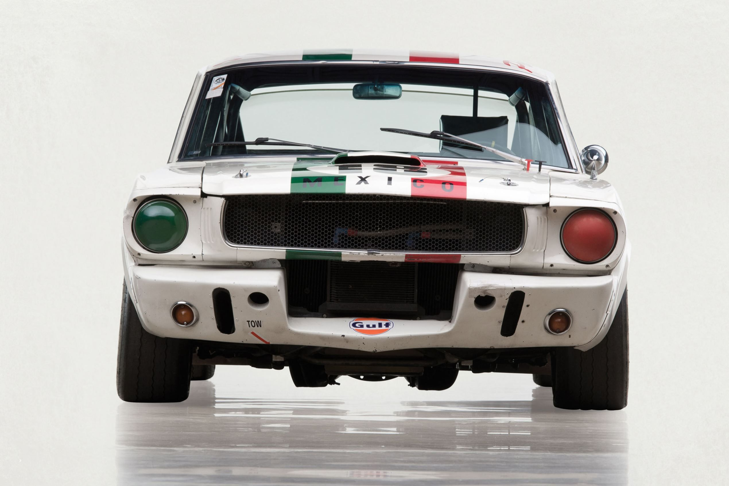 This 1965 Shelby Gt350 R Should Bring In 1m Or More Shelby Gt350r Ford Shelby Shelby