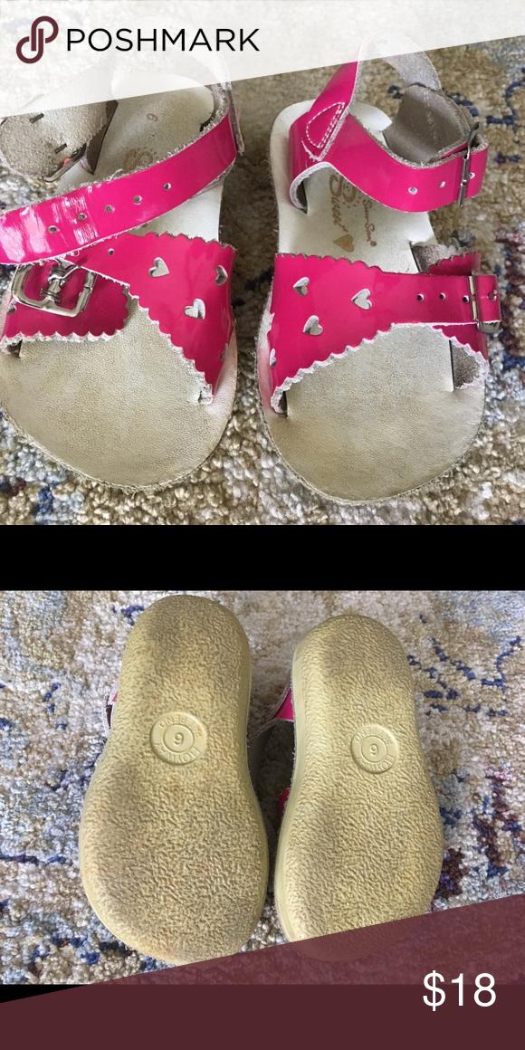 01d373f142557f Sun Sans pink heart sandals VGUC sandals. Girls size 6. Great condition  just dirty
