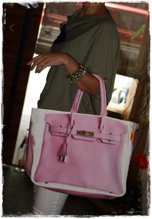 Looks like a Birkin, but it's a tote and it's only $25-$50 ...