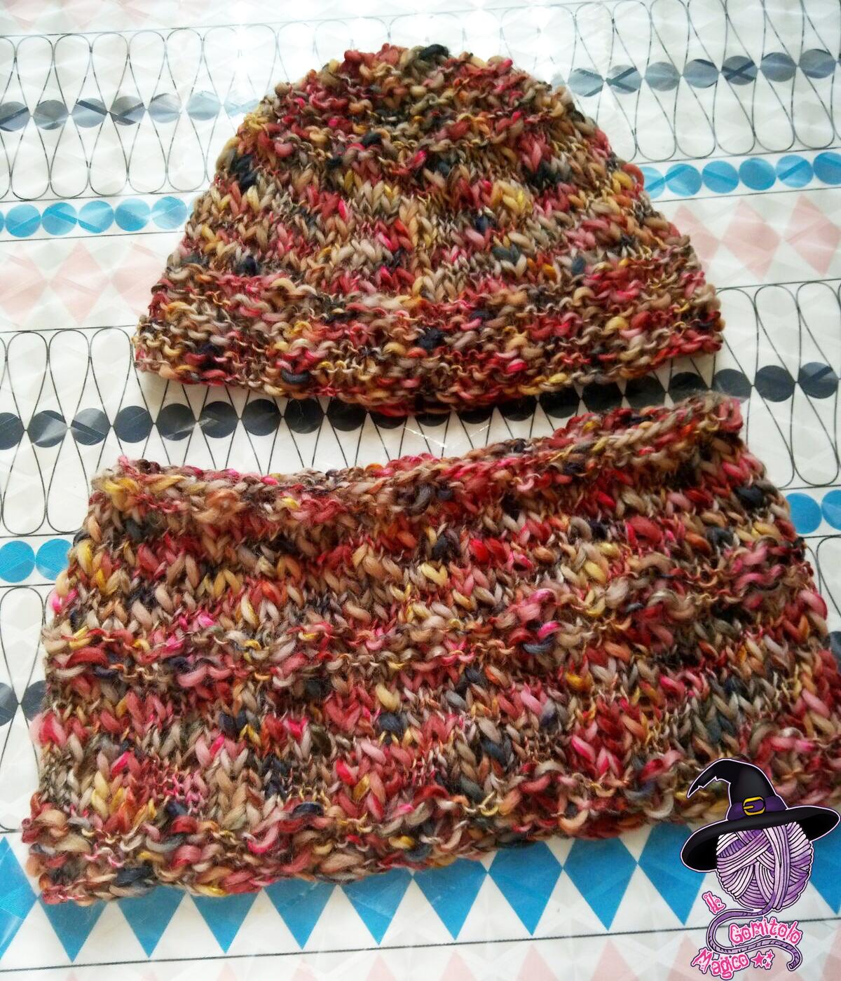 Cappello e scaldacollo ai ferri circolari  af1db3bd3901