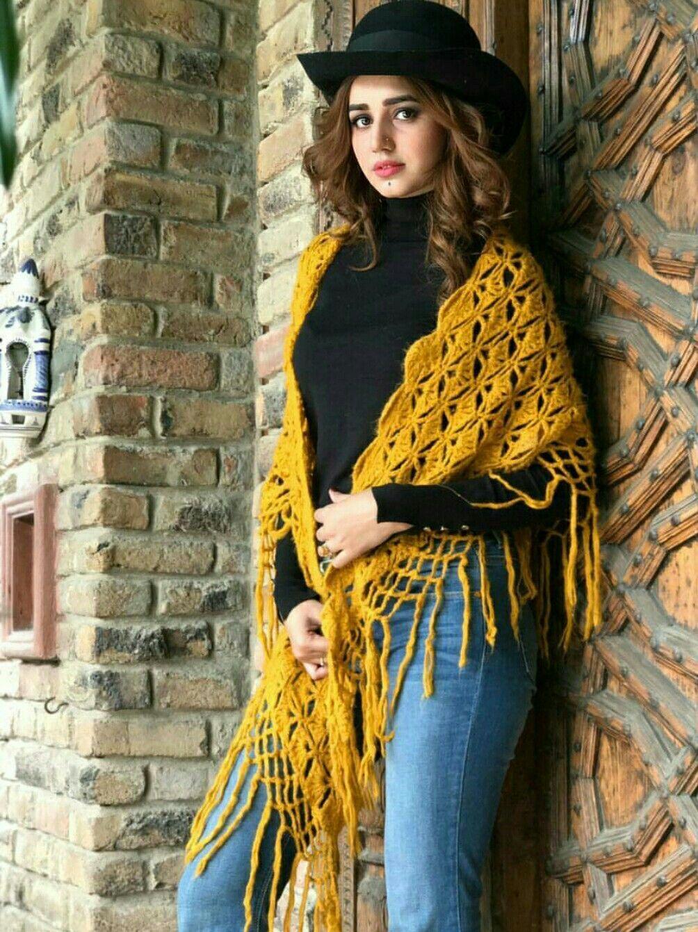 Anum Fayyaz  Stylish Girls  Pakistani Actress, Iranian -7529