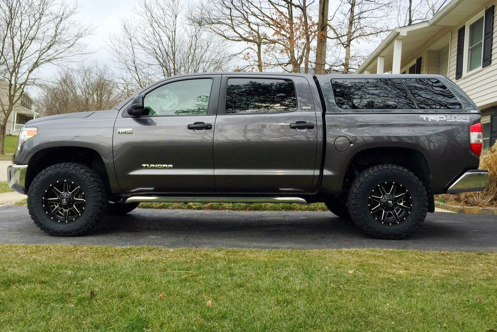 Finally got my tundra lifted. Toyota