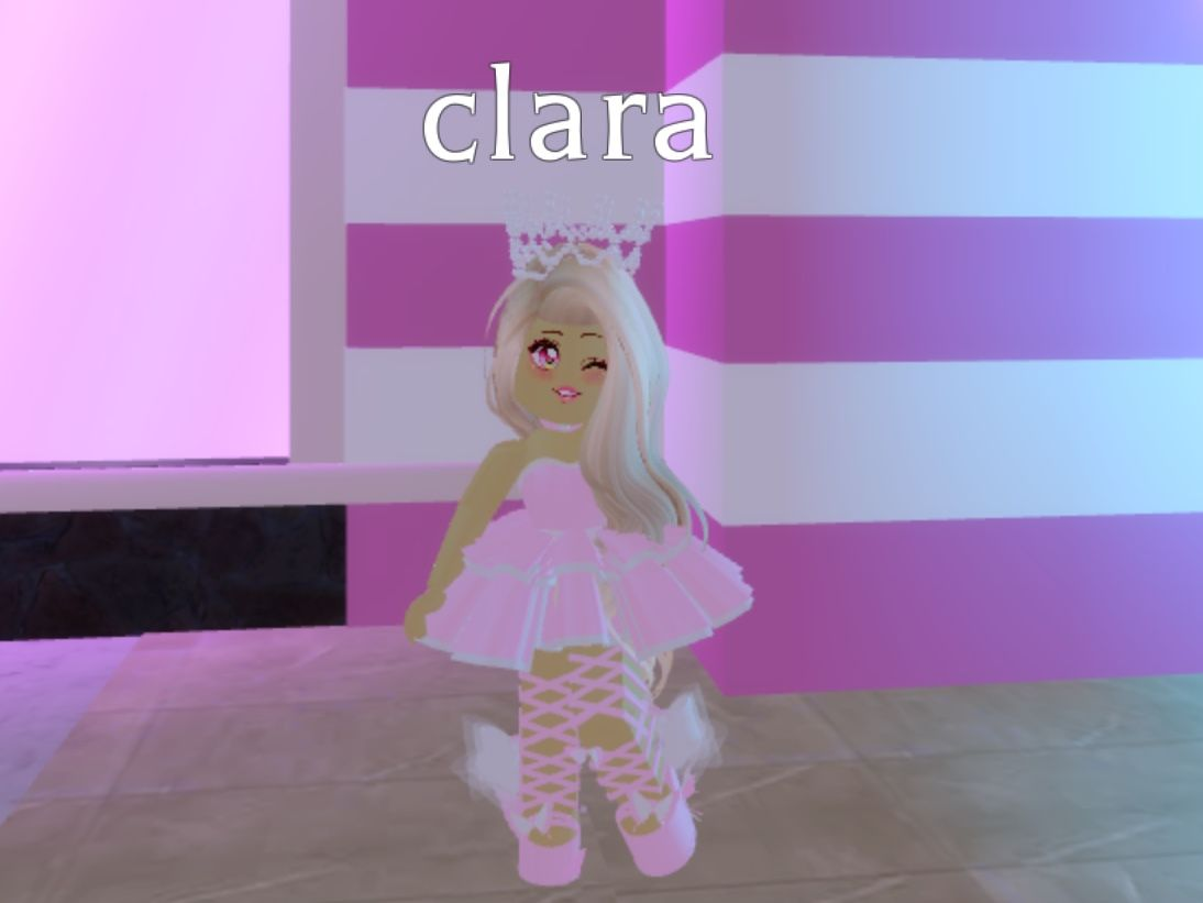 Pin By Araceli Marin On N Roblox Pictures High Pictures Create An Avatar