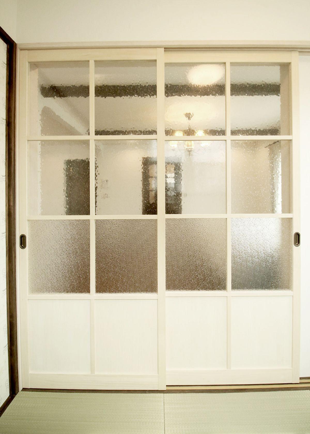 室内ドア 白 和室 ガラス戸 造作ドア 扉 インテリア ナチュラルインテリア 注文住宅 施工例 ジャストの家 Door Interior House Homedecor Housedesign 家 アパートのインテリア 室内ドア