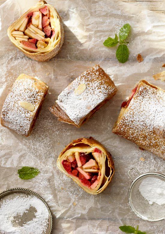 Strudel Gruszkowo Sliwkowy Z Cynamonem Przepis Recipe Bakehouse Sweets Sweet