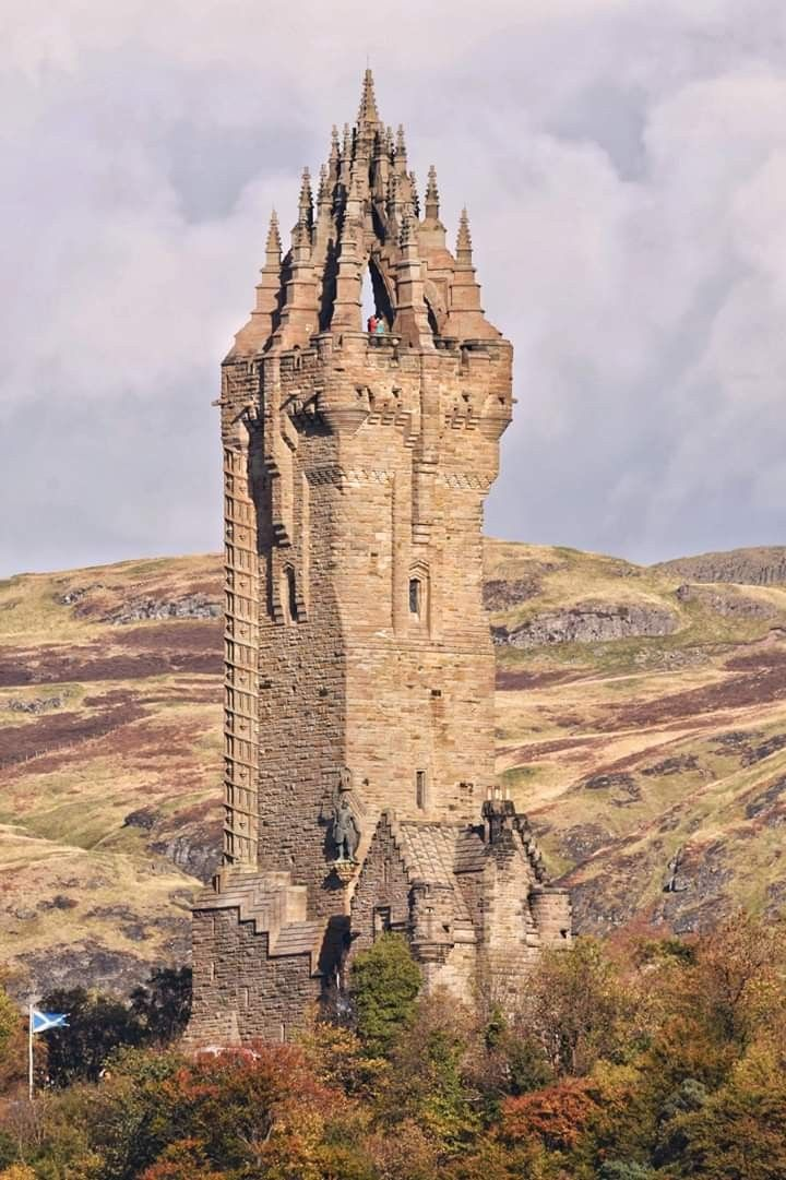 Photo of The Wallace National Monument (commonly known … – #con …