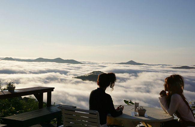 Sit amongst the clouds at Hoshino Resorts Tomamu in Japan