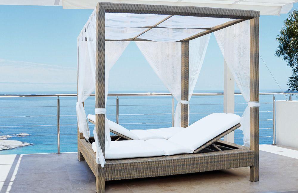 Mezzo Outdoor Double Poster Bed