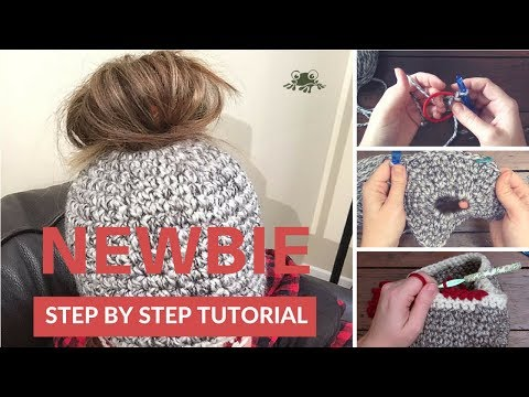 How to Crochet a Messy Bun/Polytail Hat for Beginners - YouTube #messybunhat
