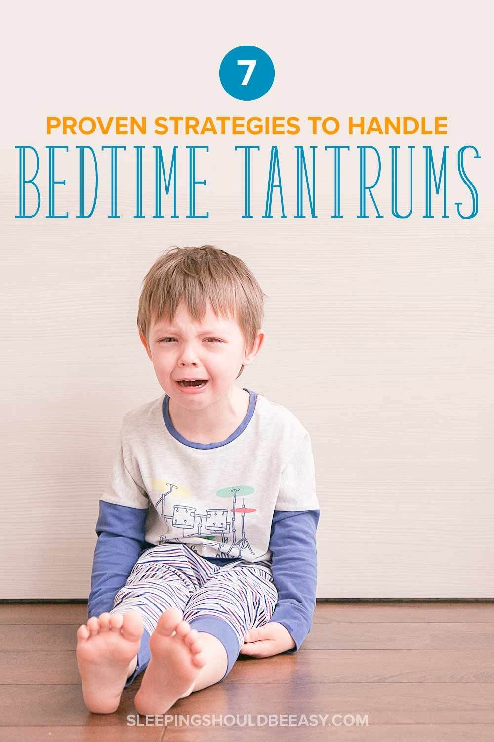 Dealing with kids and bedtime tantrums is never easy, especially when the whole family loses sleep. Discover the 7 proven tips and strategies to end toddler tantrums at bedtime once and for all, in a gentle, firm, and loving way. #toddler #sleep #toddlerlife