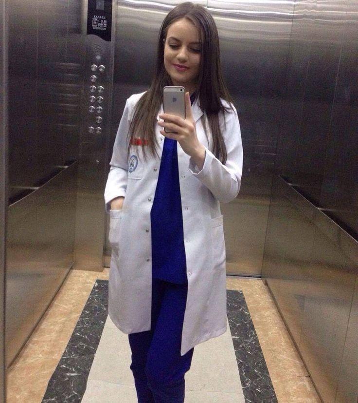 Wasiya Masrath 💕 Medical outfit, Doctor outfit, Medical