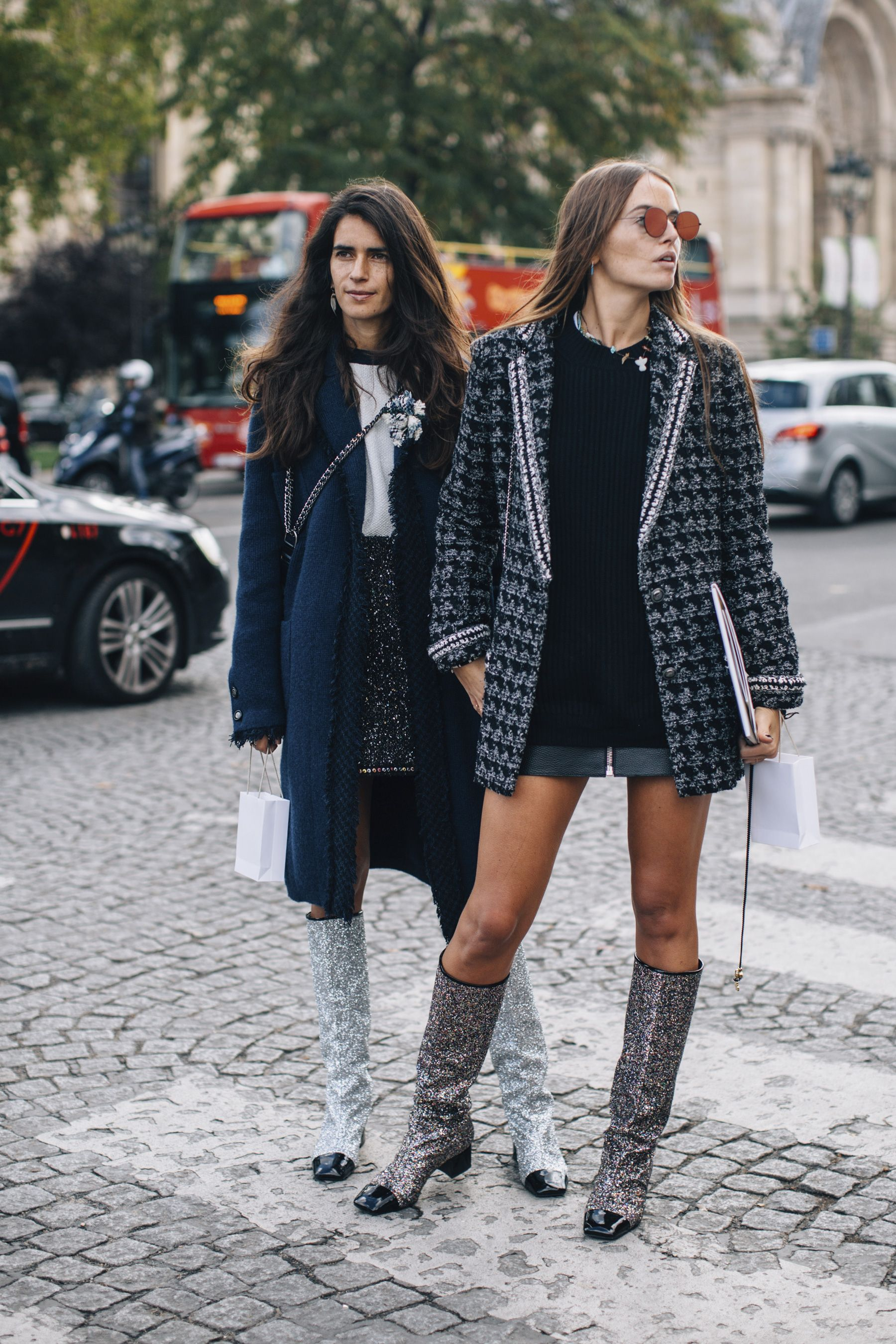 Paris Fashion Week Street Style Spring 2018 The Art Of Fashion Pinterest Street Styles