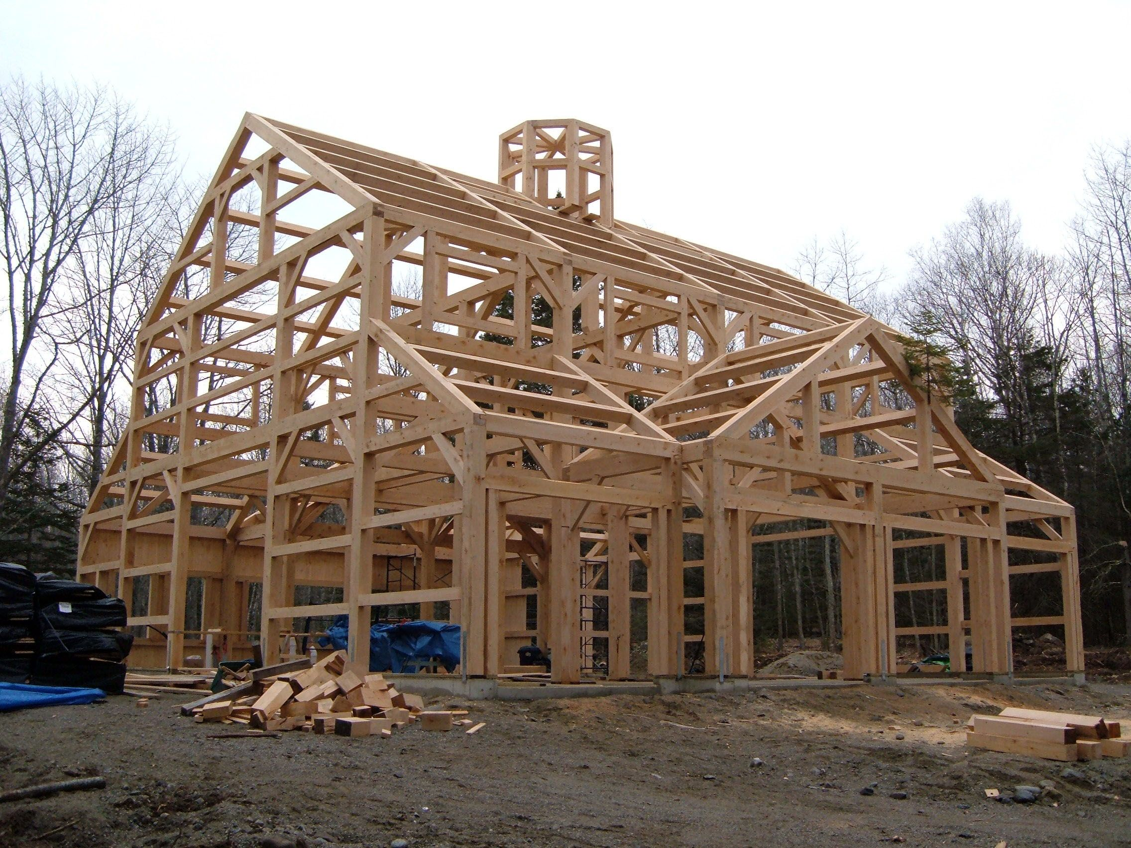 Timber frame barns timber frame homes barns post and for Panelized homes new york