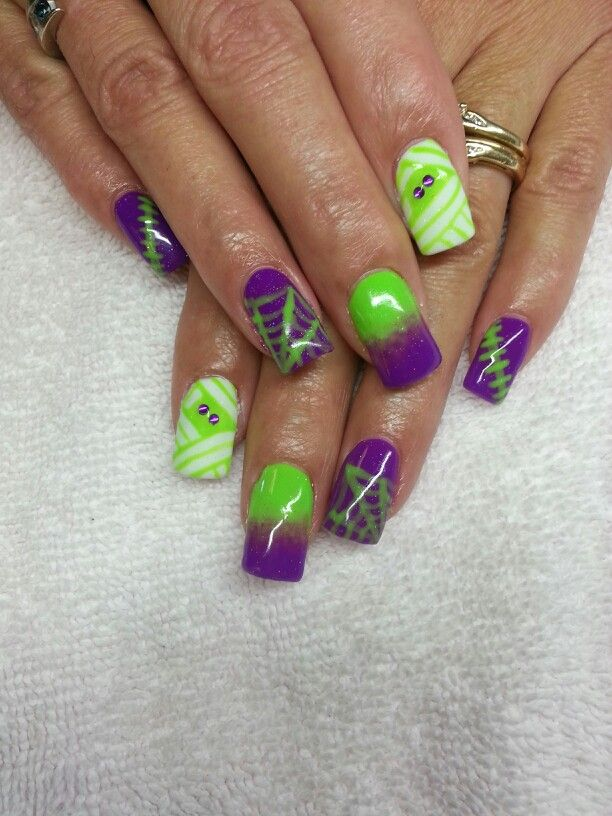 Halloween nails mummy stitch ombre spider web | Cute ...