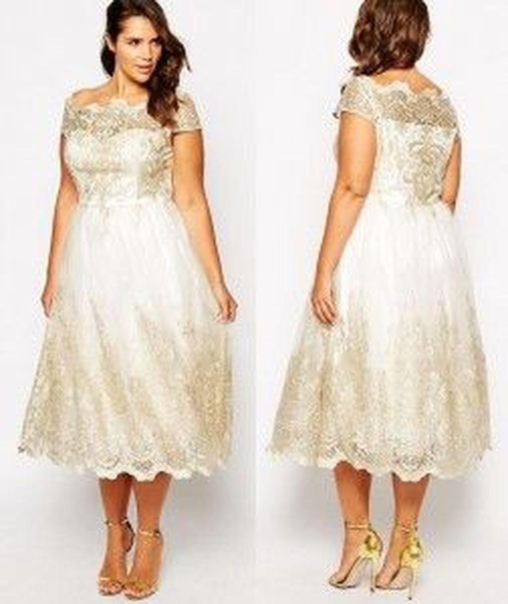 Stylish Plus Size Wedding Dresses Inspirations Ideas 39 Lace Wedding Dress With Sleeves Short Wedding Dress Wedding Dress Inspiration [ 1221 x 1026 Pixel ]