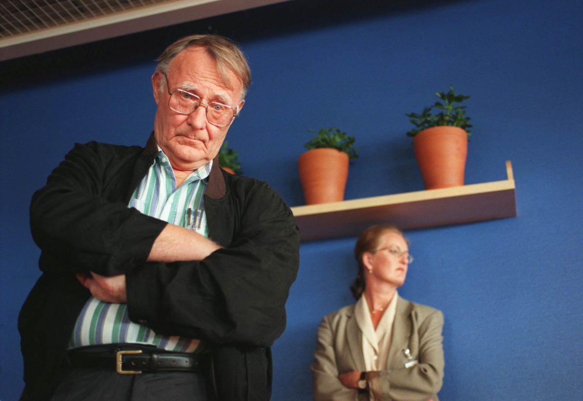 Ikea founder ingvar kamprad dies at 91 large furniture