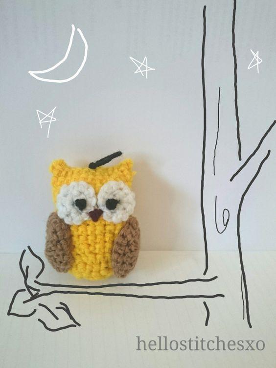 Owl Amigurumi keychain – free pattern