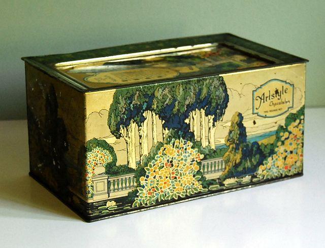 1920s Vintage Tin Box by Artstyle  by calloohcallay, via Flickr
