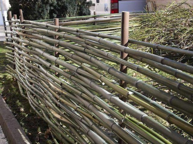 cl ture en bambou pour une touche orientale dans le jardin cloture jardin bambou et jardins. Black Bedroom Furniture Sets. Home Design Ideas