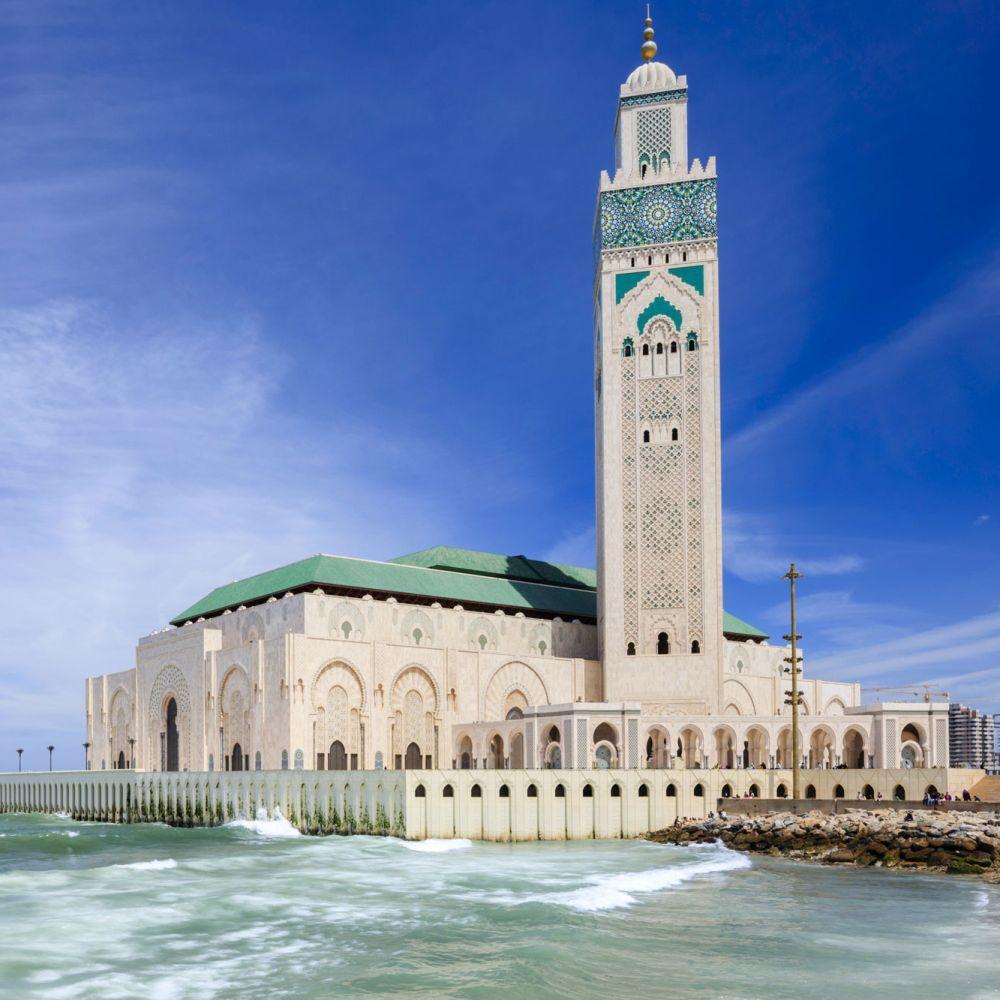 Wüste, Bauten aus 1001 Nacht und Basare mit bunten Stoffen: Sehen Sie sich hier die schönsten Sehenswürdigkeiten Marokkos an.