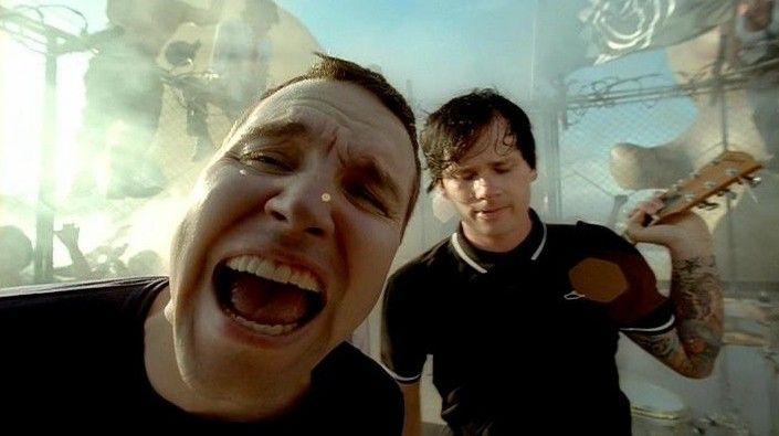Blink-182, Feeling This!! :)