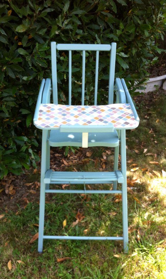 Chaise Haute Bebe En Bois Repeinte Et Tablette En Mosaique Chaise Haute Chaise Haute Bebe Mobilier De Salon