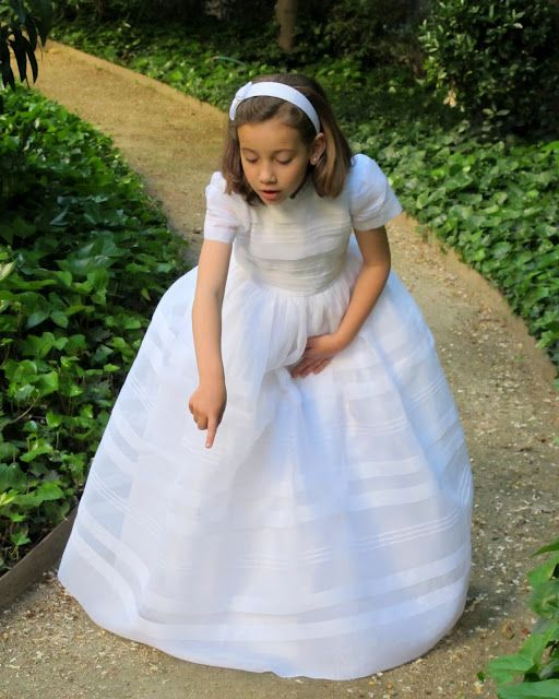 Traditional Spanish Communion dress... Love this dress!!