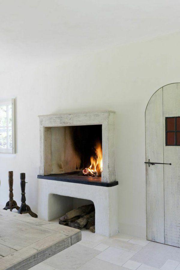wohnzimmer ideen kamin brennholz rustikale nmöbel Kamin - wohnzimmer ideen mit kamin