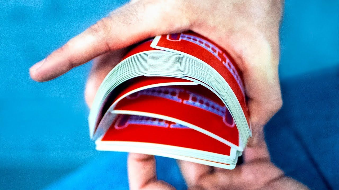 Best ways to shuffle playing cards beginner to pro