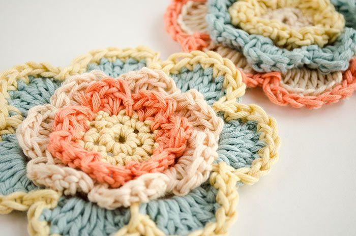 Patrón Gratuito: Flores de Crochet en 3 capas | Flores, Flores ...