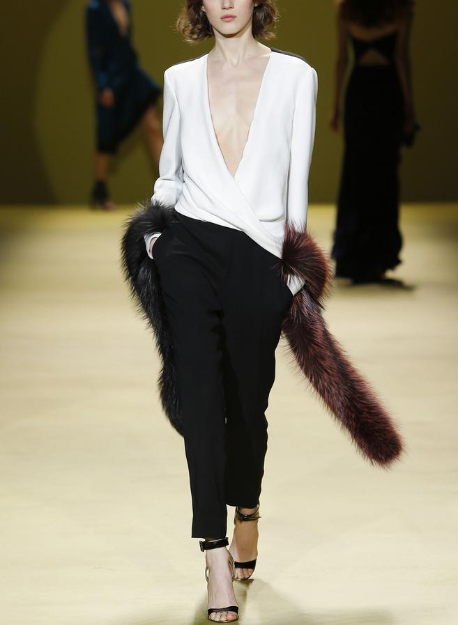J. Mendel Fall 2014 - NY fashion Week // B&W feminine suit