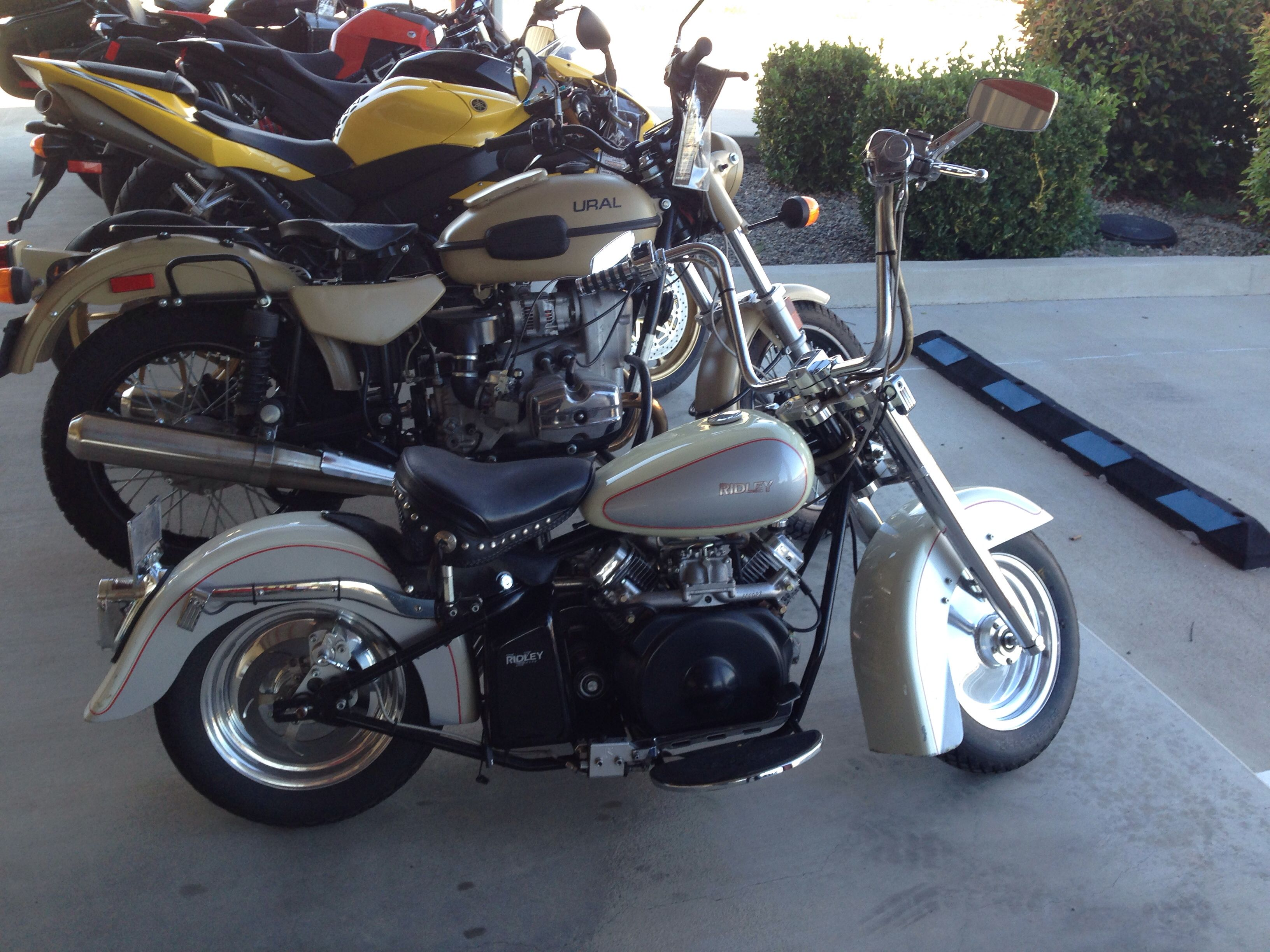 Automatic Motorcycle But It S Fast And Tiny Motorcycle Harley Davidson Cool Stuff