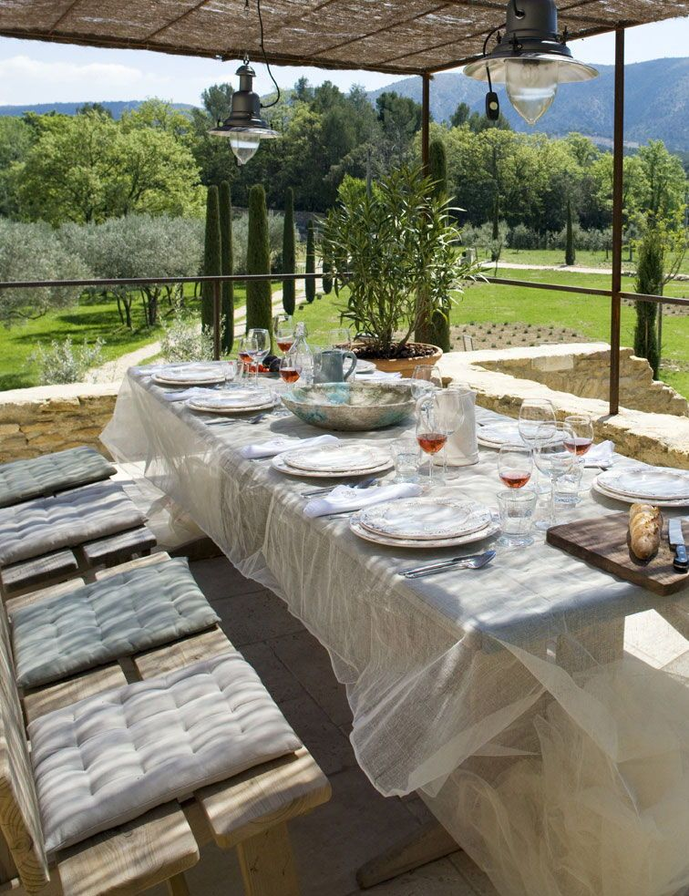 Domaine Les Roullets, Provence, France – book through i-escape.com || A beautiful B&B set in 7 hectares of gardens and vineyards, with fancy rooms, open terraces and a sparkling pool