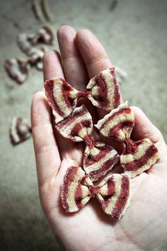 Diy striped beetroot pasta