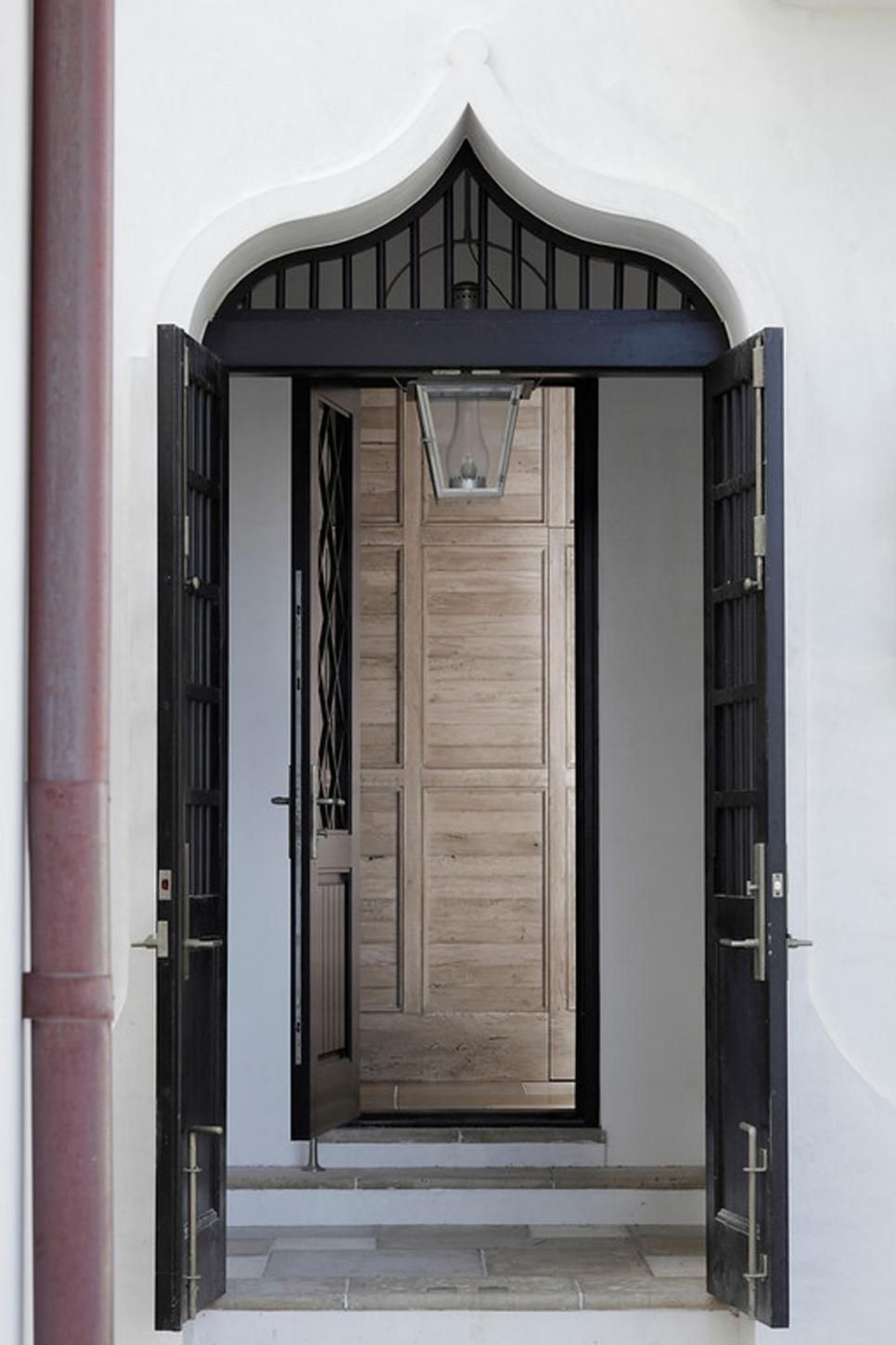 The Beautiful, Arabesque Inspired Curve Of The Entrance Creates A Moroccan  Vibe. Black