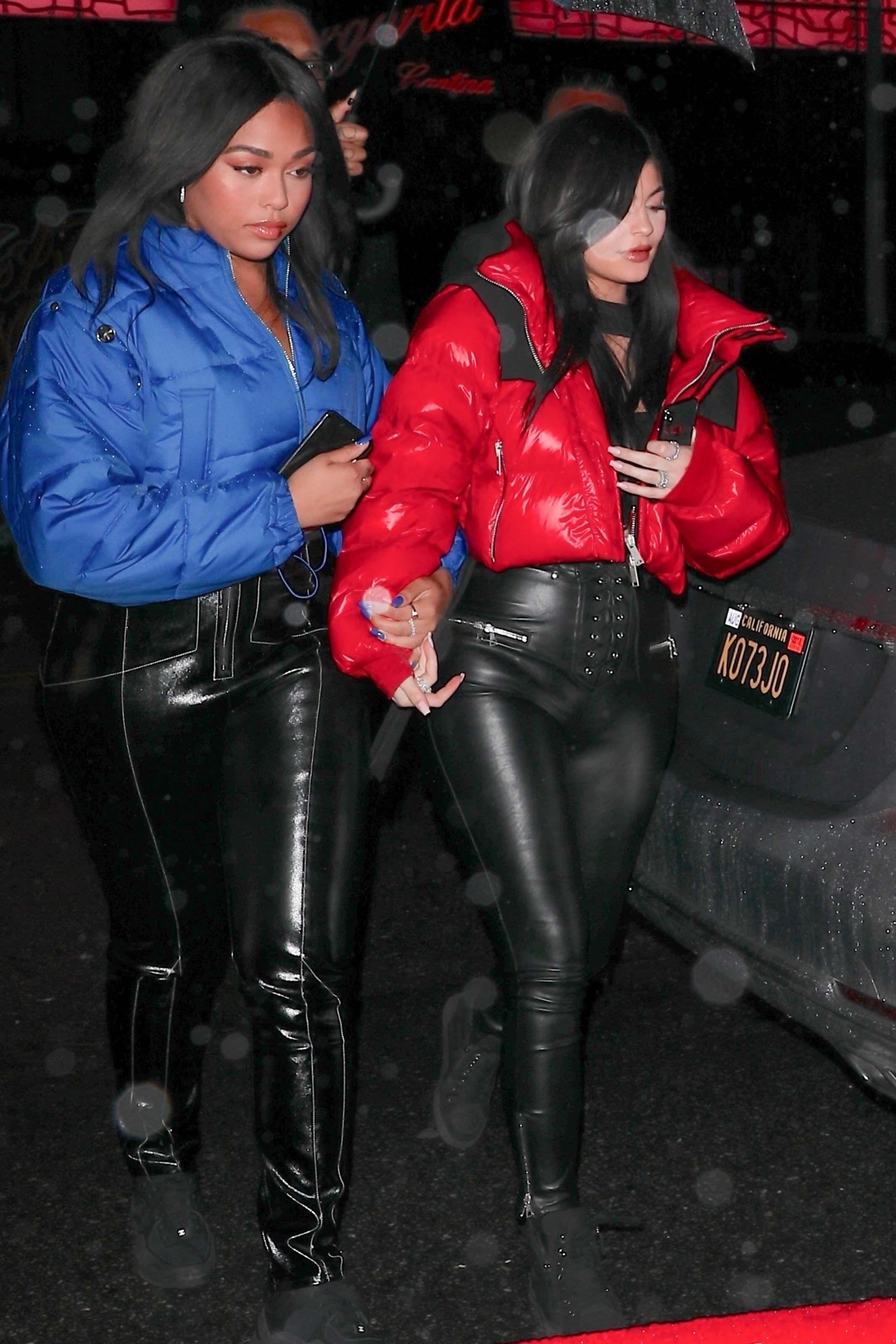 Kylie Jenner Leaving Tristan Thompson S Birthday Celebration Leather Leggings Fashion Kylie Jenner Pvc Outfits [ 3200 x 2133 Pixel ]