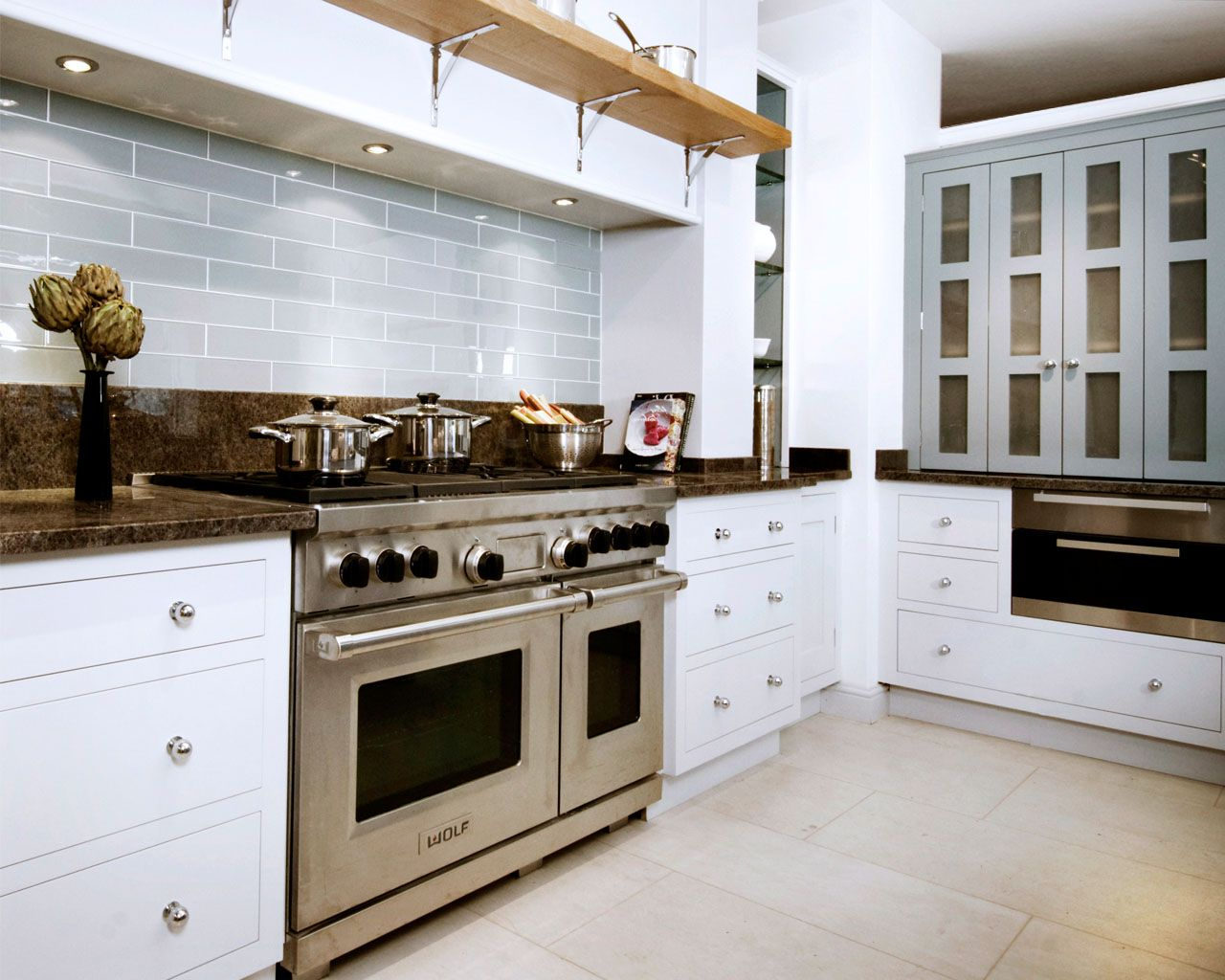 Beautifully Designed Bespoke Kitchens, Boot Room Design & Boot Room ...