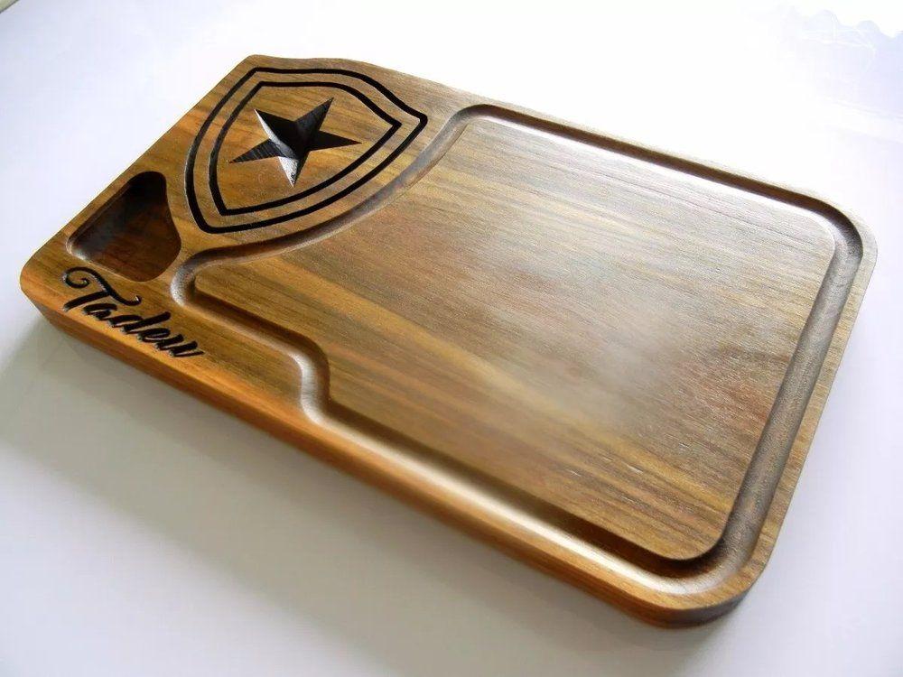 8bde521cbc Tábua de carne em madeira para churrasco personalizada time Botafogo -  Adrishop - Sua Loja de Variedades