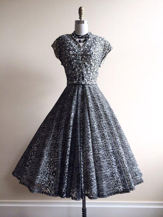 1950s Dress Vintage 50s Dress Black White Lace By Jumblelaya Dresses 1950s Dress Vintage Dresses 50s