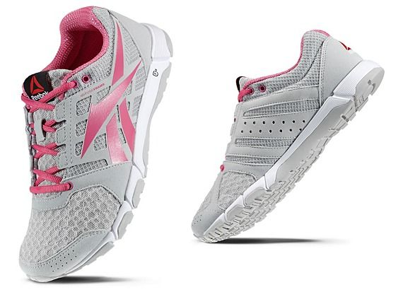 eea6560d0c4 One Because Women's V52287 Is 1 Reebok The Strong Trainer 0 Shoes 6nZp57qZH