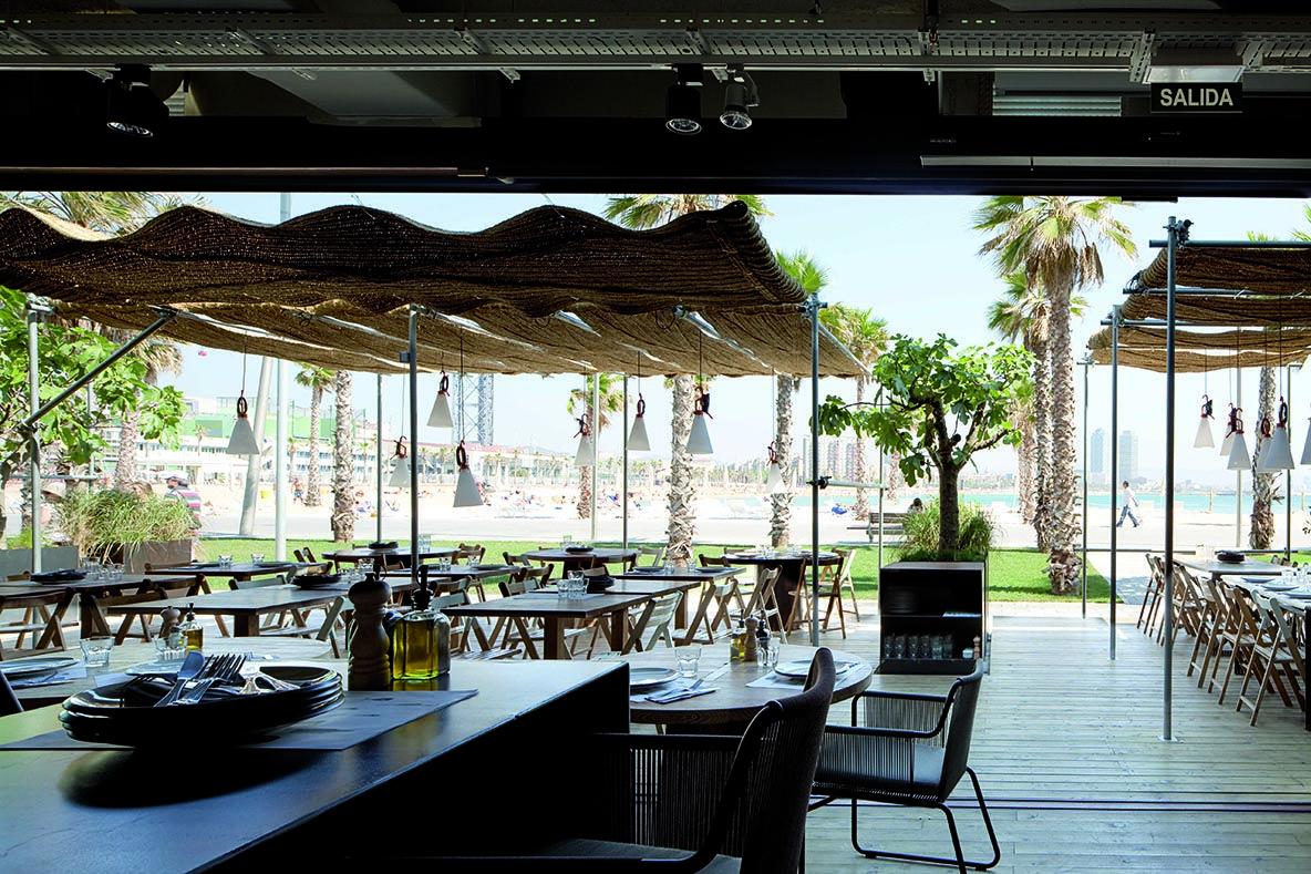 Restaurantes Pez Vela Chiringuito Barcelona24 Barcelona Restaurants Barcelona Travel Travel Project